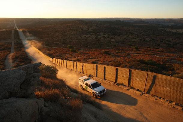 Zidovi sveta Image-108174-galleryV9-mboq-US-Mexico