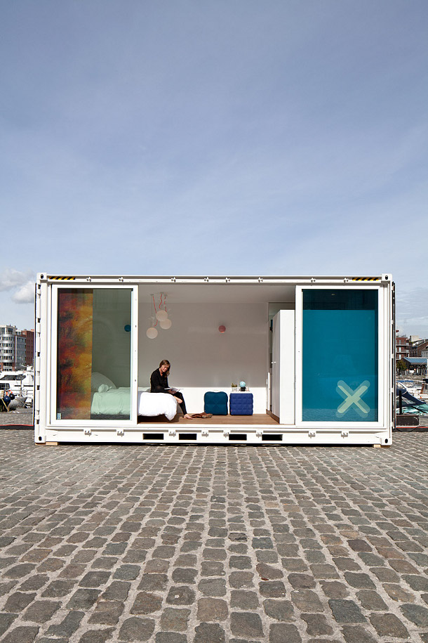 01-containerhotel