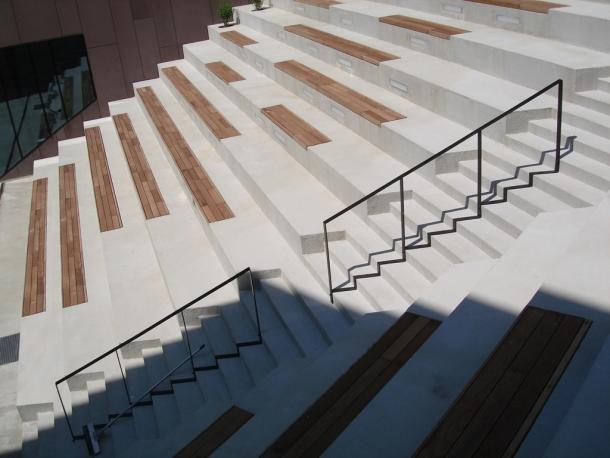 mva_07a_hotel well_auditorij