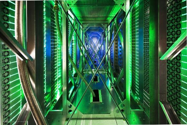 004_Google Data center