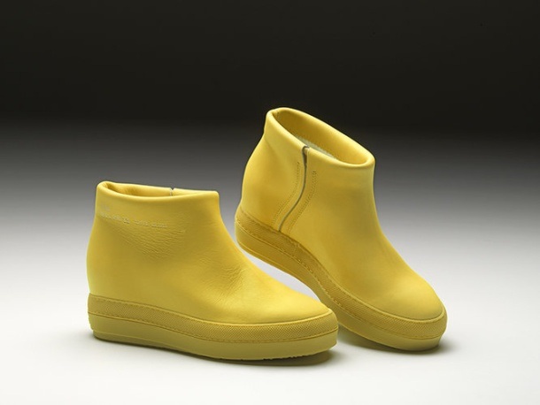 1672465-slide-08-pure-yellow-fluo