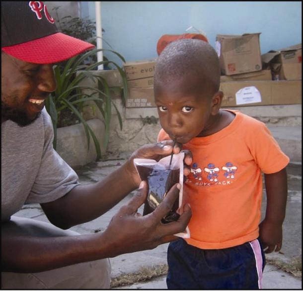 Hydropack_Haiti_drink
