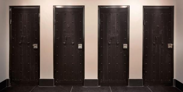 het-arresthuis-toilets