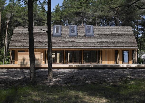 2 - The-Modern-Seaweed-House