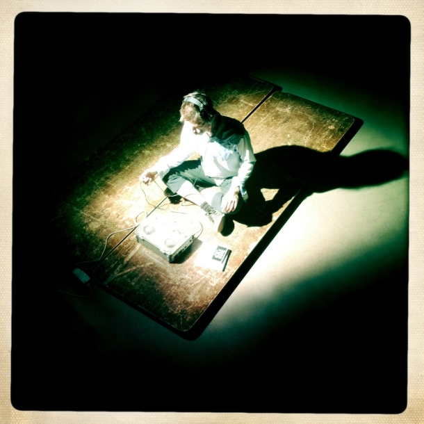Maska smrti iz Buffala, Mike Hoolboom