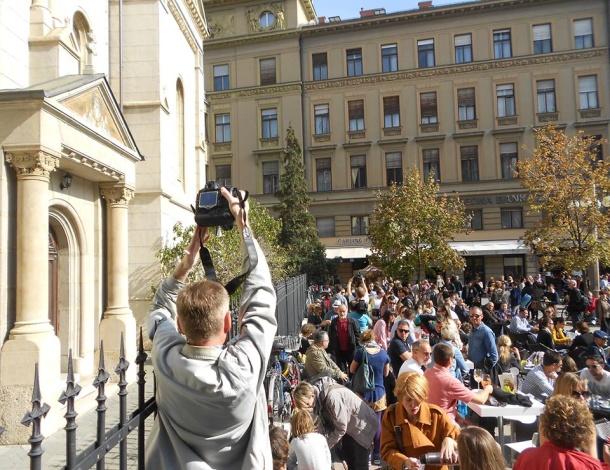 Cvjetni_klupa protest 10_2013