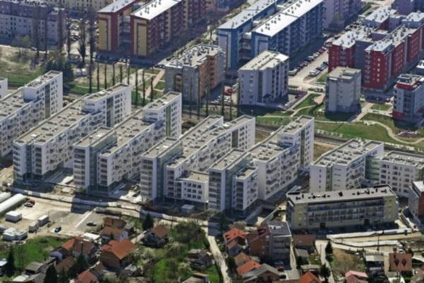 Gradogradnja U Drugom Planu Pogledaj To