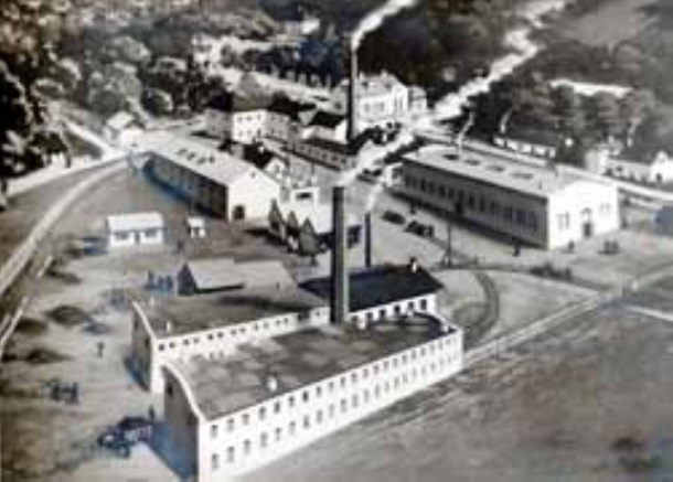 011 tvornica Titan 1921
