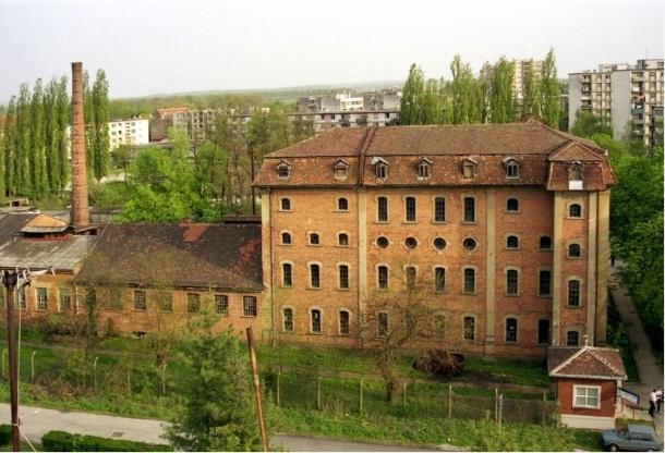 Zgrada tvornice potkivačkih čavala Mustad Žeče