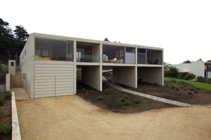 Najpoznatije svetske arhitekte White_o_toyo_ito_01